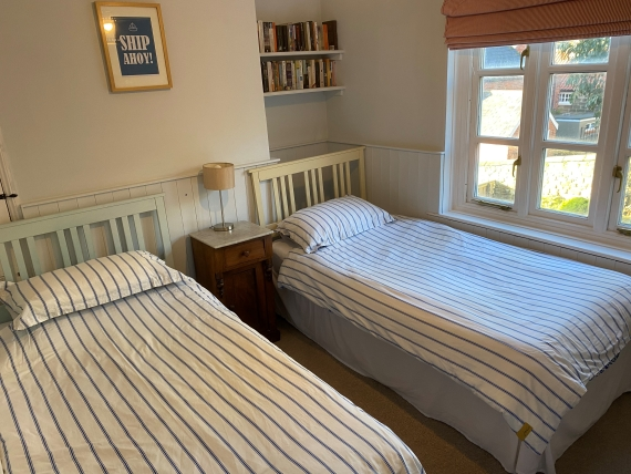 Twin Room - Holiday cottages Whitby